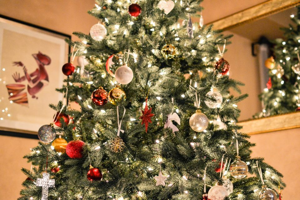 11 Simple Traditions to Make Your Christmas Merry